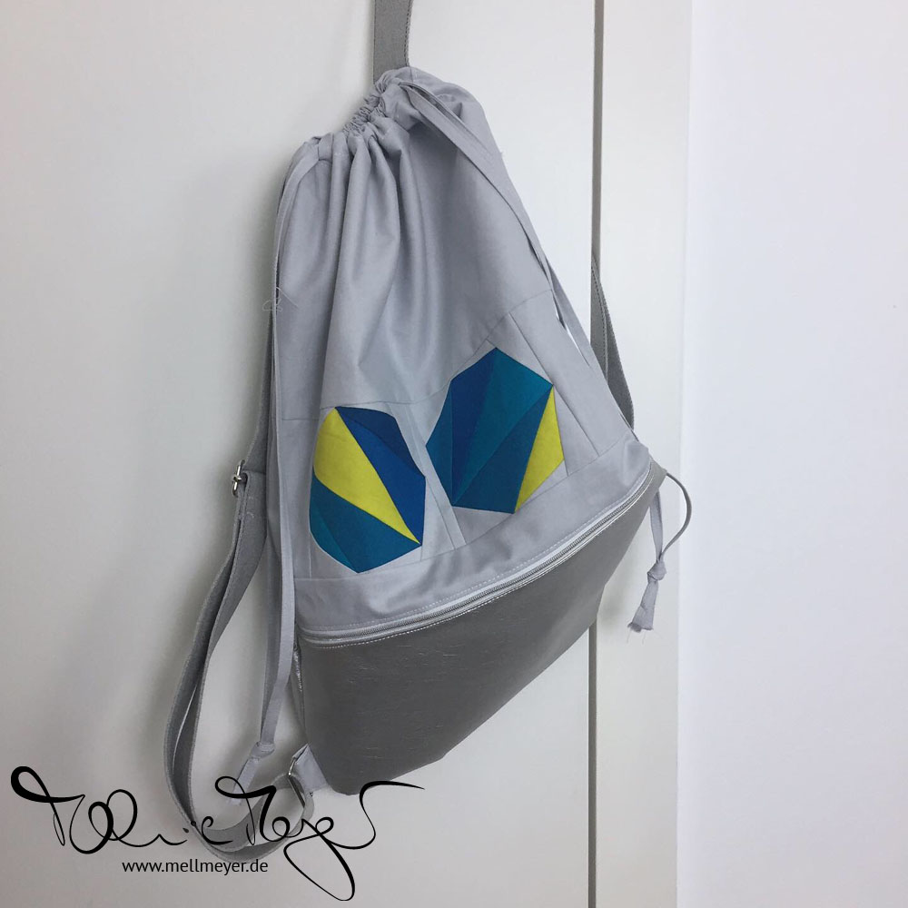 """QuiltCon Backpack """"Polygons"""" 