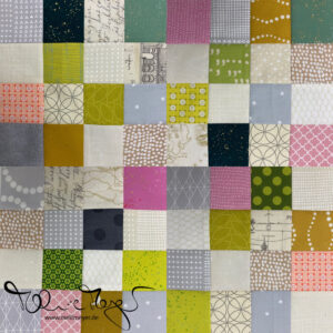 "Quilty Circle of Bees – November/December ""16-Patch"""